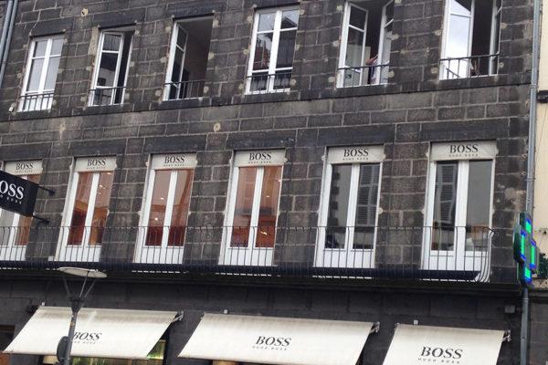 Fenêtres d'un bâtiment rue Blatin