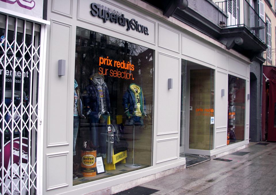 Vitrine Superdry Clermont-Ferrand